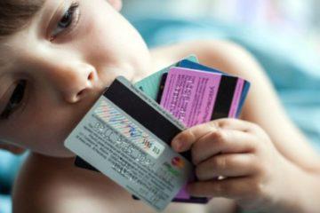 Плюсы дебетовой карты для ребенка