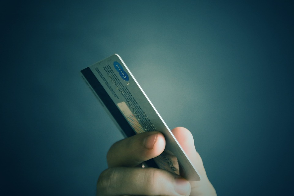Активация банковской карты через банкомат